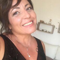 Stefania Serra di Onoranze Funebri Oltre l'Infinito a Pula (CA) in Via la Marmora 126/b